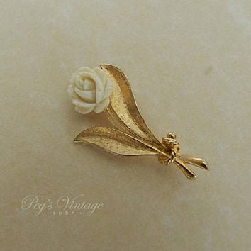 Vintage Rose Carved Celluloid Brooch, Ivory Colour Rose Pin, Gold Tone Lucite Flower Bridal Jewelry