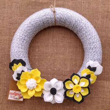 Yellow and grey wreath, gray and white yarn felt wreath, yarn and felt flower wreath, floral wreath, large 14 inch size, ready to ship