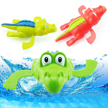 Baby BathToy Funny Wind Up Clockwork Dabbling Toy Baby Bath Swimming Toy Crocodile for Kids Educational Toys