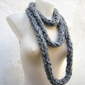 Chunky Scarf,infinity Scarf,Finger Knit Scarf,Chain Loop Scarf