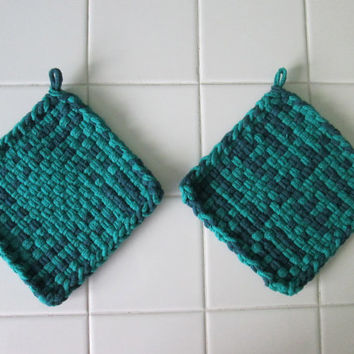 Set of Two Cotton Handwoven Potholders, Hot Pads, Kitchen, Gift, Summer, Spring, Blue, Green, Ocean, Gift Ideas