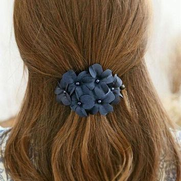 CREYG8W Chic Barrettes Women Girl Handmade Flower Banana Barrette Hair Clips For Women Hair Pin Claw Acessorio Para Cabelo A01