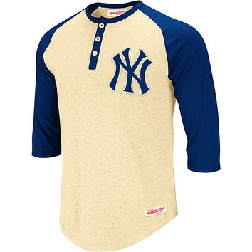 New York Yankees Fastball Henley by Mitchell & Ness - MLB.com Shop