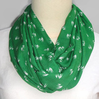 Emerald Green Infinity scarf, white bird print scarf, loop scarf, soft cotton print scarf, lightweight print scarf, trending item gift ideas