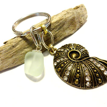Cool Antique Brass Sea Shell Keychain, Sea Shell Accessories, Pretty Car Keychain, Sea Foam Green Sea Glass Keychain,  Coastal Chic Gift