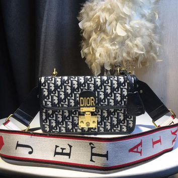 Kuyou Gb59819 Dior Messenger Bag In Dior Oblique Canvas With Gold Clasp And Jetaim Strap 24x16x7cm