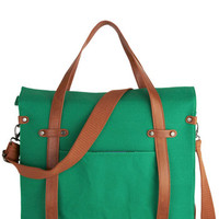 Camp Director Tote in Grass | Mod Retro Vintage Bags | ModCloth.com