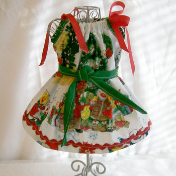 MADE TO ORDER, Christmas Dress with Green Handmade 18