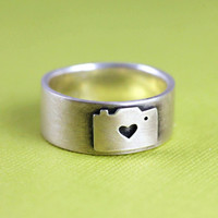 $85.00 Camera Love Ring in Silver by ANORIGINALJEWELRY on Etsy