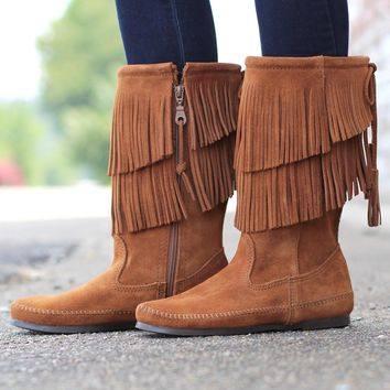 Minnetonka: 2-Layer Fringe Boot {Brown}