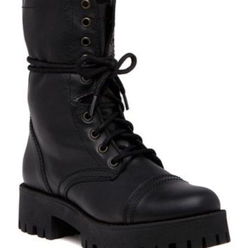 DCCKHB3 Steve Madden | Olly Lace-Up Leather Boot