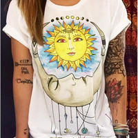 White Sun and Moon Print Short Sleeve T-Shirt