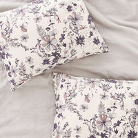 Plum & Bow Scattered Flowers Sham Set - Urban Outfitters