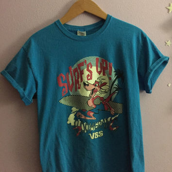 "Men's Medium ""Surf's Up"" T Shirt"