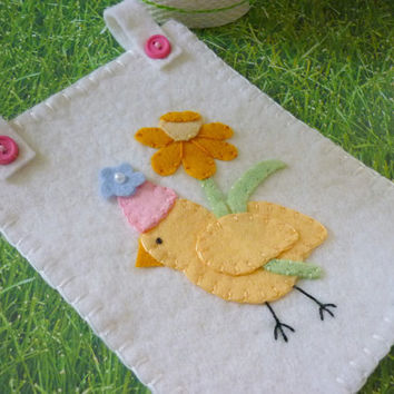 Felt Penny Rug Easter Chick Wall Hanging Appliqued