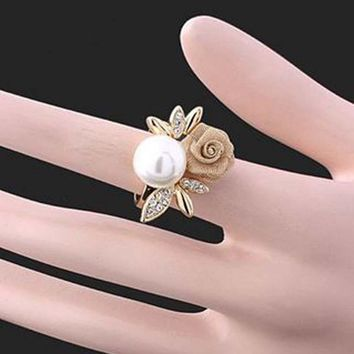 New fashion rose Flower rings imitation Pearl Rings For Women Fashion Jewelry Accessories party gift