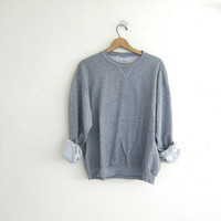 vintage gray sweatshirt. slouchy sweater. crewneck pullover.