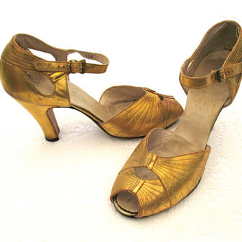 Vintage 20s GATSBY METALLIC GOLD Dance Shoes - Peek-a-Boo Toe High Heel Strap  - Sexy Flapper Roaring Twenties 20s Costume
