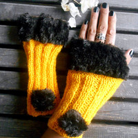 Knitted Gloves, Crochet Gloves, Amber Color,Handmade, Faux Fur, Fingerless Gloves, Winter Gloves,Women gloves, Gift Ideas