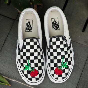 Vans Slip-On Checkerboard Rose Embroidery Sneaker