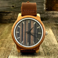 Custom Engraved Minimalist Wood Watch with Genuine Leather Strap
