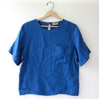 vintage Irish linen top. boxy linen shirt. short sleeved linen top. cobalt blue pocket shirt. minimalist.