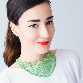 Green Necklace Venise Lace Necklace Lace Jewelry Bib Necklace Statement Necklace Body Jewelry Lace Fashion Fashion Accessory / UDINE