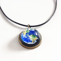 earth necklace,globe necklace,solar system necklaces,planet necklace,Planet Jewelry,Galaxy, Universe,Space