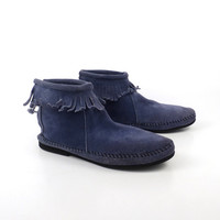 Minnetonka Ankle Boots Vintage Dusty Blue Suede Fringe Moccasin Booties Women's size 7