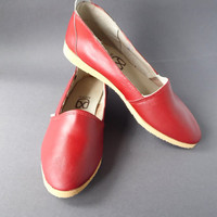 80s red shoes Red moccasins Vintage Soviet shoes Russian  footwear Ukraine shoes Red leather shoes Flat red shoes