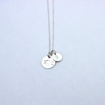 Mixed disc size necklace, engraved necklace monogram necklace, silver initial necklace, christmas gift, gift for mom, birthday