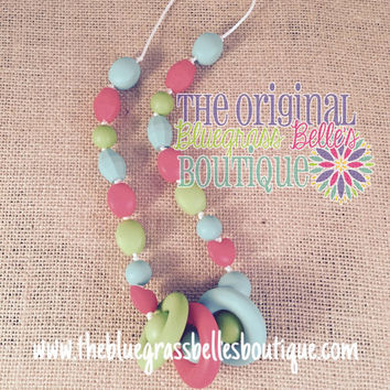 Silicone terthing necklace - teething necklace for Mom to wear - chemical free teething necklace