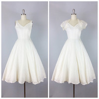 50s White Lace Wedding Dress / 1950s Vintage EMMA DOMB Party Prom Dress / Small / Size 0
