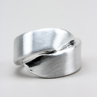 Brushed Rhodium Wave Ring
