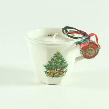 Handmade Cranberry Scented Soy Candle in a Vintage Christmas Mug Perfect for Gift Giving or Secret Santa