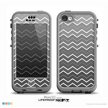 The Black Gradient Layered Chevron Skin for the iPhone 5c nüüd LifeProof Case