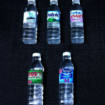 5 Miniature Mineral Water Bottles Evian Volvic Plastic Drinks Refreshment Bottle Cute Tiny Small Dollhouse Supplies Food Drink Jewelry Beads
