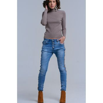 Button front boyfriend jeans with side detail