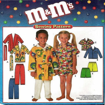 Uncut Sewing Pattern Childs Robe Top and Pants Shorts Sizes 3-8 Simplicity 8988 M&M