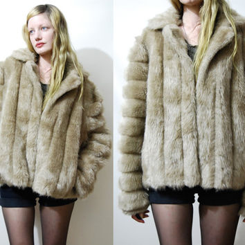 a978aab1592 Shop Cropped Fur Coat on Wanelo