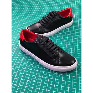 Givenchy Low-top Lace-up Black Women Sneakers - Sale
