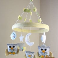 """Baby Crib Mobile - Baby Mobile - Owl Mobile """"Baby Owls in the Circle of Love"""" (You can pick your colors) Mobile - Nursery Mobile"""