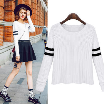 Round Neck Slim Striped Knitted Sweater Pullover