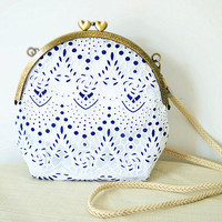 Handmade Lace Crochet Cloth Satchel