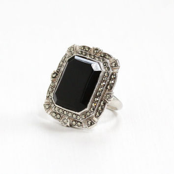 Vintage Art Deco Sterling Silver Simulated Black Onyx & Marcasite Ring - 1930s Size 5 1/4 Hallmarked U , Uncas Statement Black Glass Jewelry