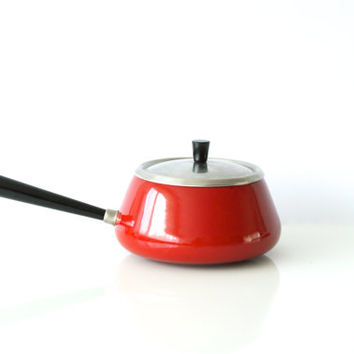 RED FONDUE POT made in Switzerland by Spring, Swiss Kitchenware, Classic Bourgignonne or Chinois Fondue Pan