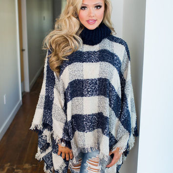 When You Walk In The Room Poncho Navy/Beige