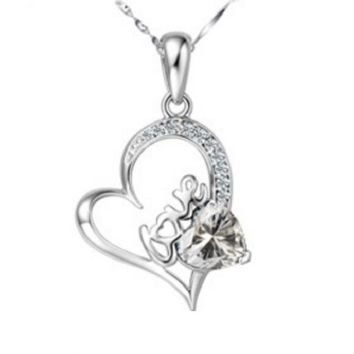 Small Cubic Zirconia Diamond heart Pendant Necklace