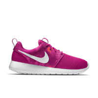Nike Roshe One Print Women's Shoe Size 12 (Red)
