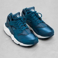 & Other Stories | Nike Air Huarache Run | Blue